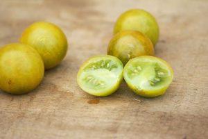 tomate cerise raisin vert